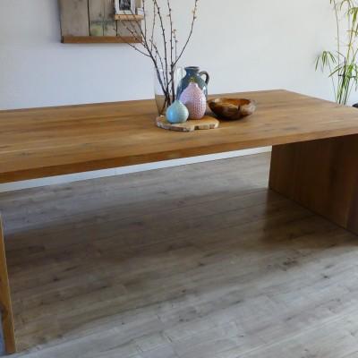 Eiken tafel door Paul Meubelen uit Nijmegen