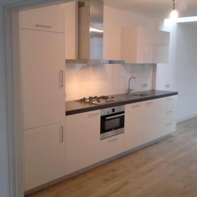 Moderne keuken, wit