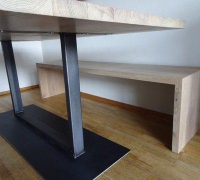 Eiken tafel met stalen frame